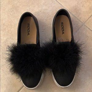 Soda shoes black 7.5